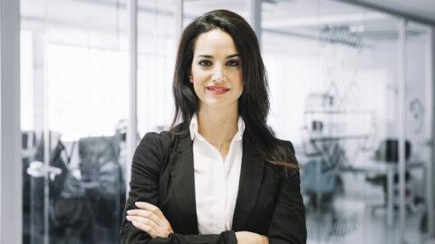 Türkiye'deki kadın çalışanlar globale göre işlerine daha bağlı